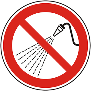 Prohibition Sign: Do Not Spray Water